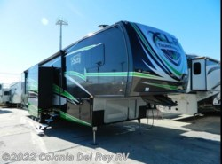 New 2017  Forest River XLR Thunderbolt 422AMP by Forest River from Colonia Del Rey RV in Corpus Christi, TX