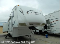 Used 2010  Keystone Cougar 318SAB by Keystone from Colonia Del Rey RV in Corpus Christi, TX