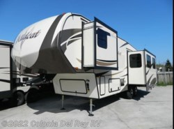 New 2017  Forest River Wildcat 29RLX by Forest River from Colonia Del Rey RV in Corpus Christi, TX