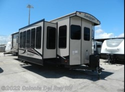 New 2018  Forest River Sandpiper 401FLX by Forest River from Colonia Del Rey RV in Corpus Christi, TX