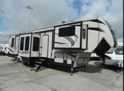 New 2019  Forest River Sandpiper 377FLIK by Forest River from Colonia Del Rey RV in Corpus Christi, TX