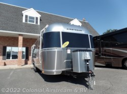 Used 2017  Airstream Flying Cloud 27FB Twin by Airstream from Colonial Airstream & RV in Lakewood, NJ