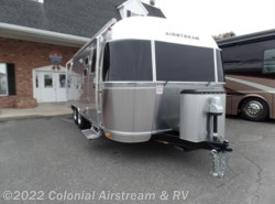 New 2018  Airstream International Signature 25RBQ Queen by Airstream from Colonial Airstream & RV in Lakewood, NJ