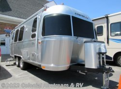 New 2019  Airstream Flying Cloud 23FB Queen by Airstream from Colonial Airstream & RV in Lakewood, NJ