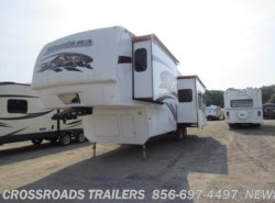 Used 2009  Keystone Montana 2980RL by Keystone from Crossroads Trailer Sales, Inc. in Newfield, NJ
