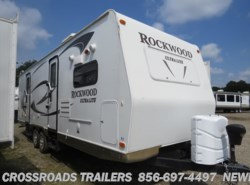 Used 2011  Forest River Rockwood Ultra Lite 2608SS by Forest River from Crossroads Trailer Sales, Inc. in Newfield, NJ