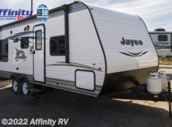 Used 2017  Jayco  Jay Flt Slx 212QBW by Jayco from Affinity RV in Prescott, AZ
